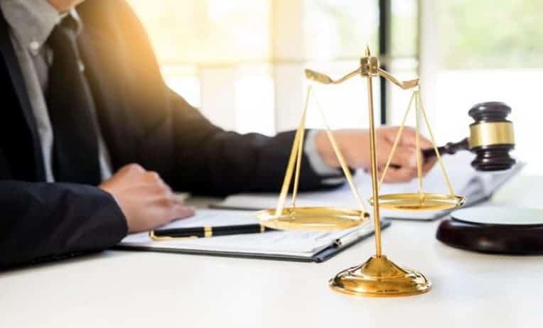 أسعار المحامين في الامارات