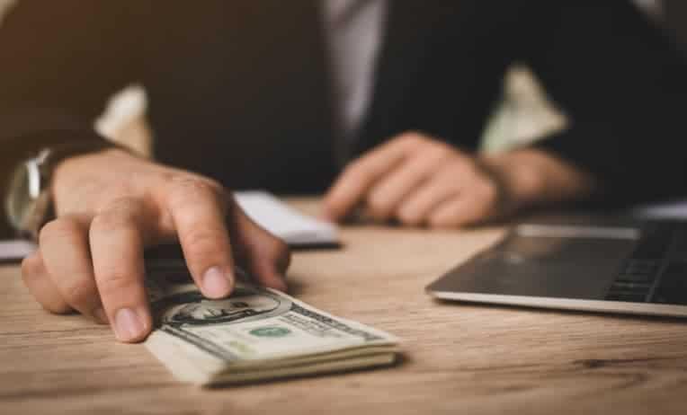 محامي جرائم غسيل اموال في دبي