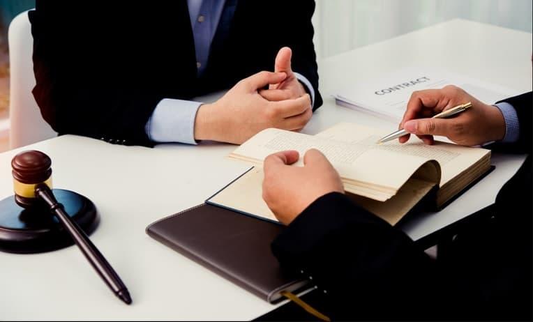 استشارات قانونية ادارية