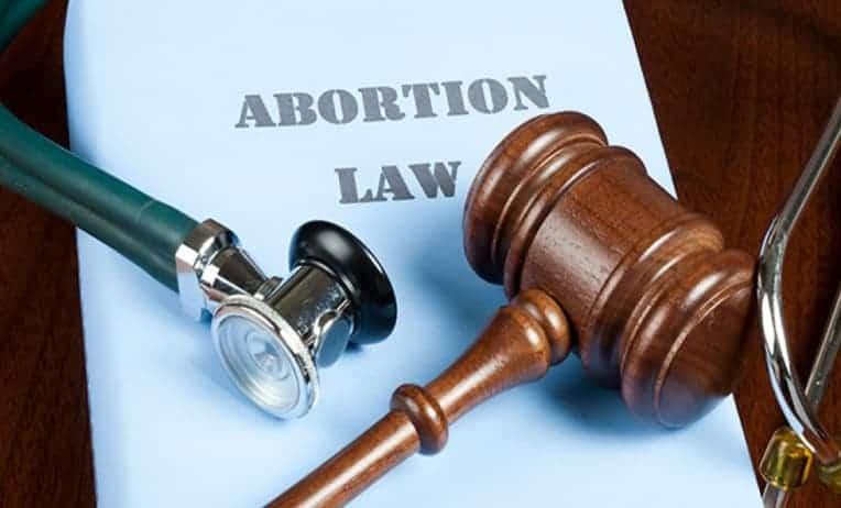 قانون الاجهاض في الامارات