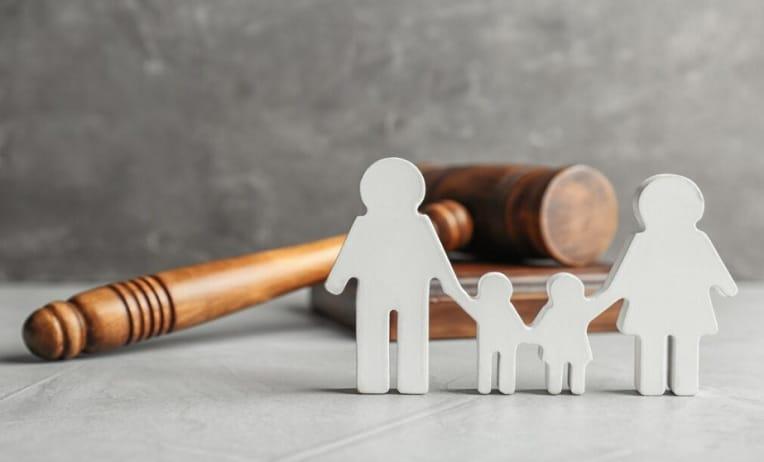 محامي حضانة في دبي